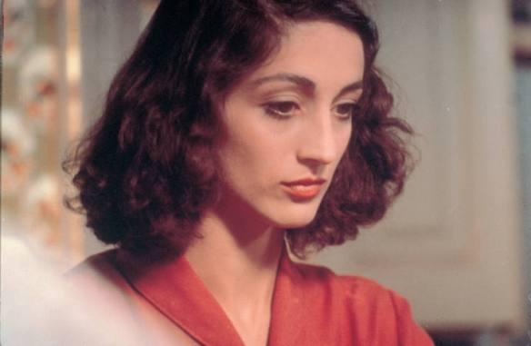 Sílvia Munt en el papel de Colometa, en la película dirigida por Francesc Betriu en 1982.